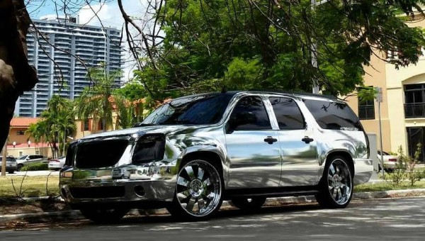 Chrome Yukon Denali 0 600x340 at Chrome GMC Yukon Denali by Metro Wrapz & Forgiato