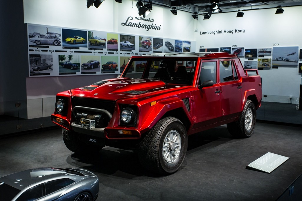 Lamborghini Lm002 Shows Up At Hong Kong Pop Up Museum