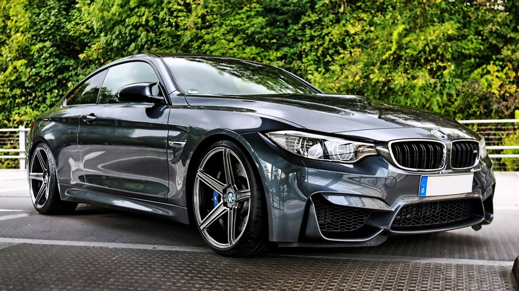 Fancy Bmw M4 With Mbdesign Wheels