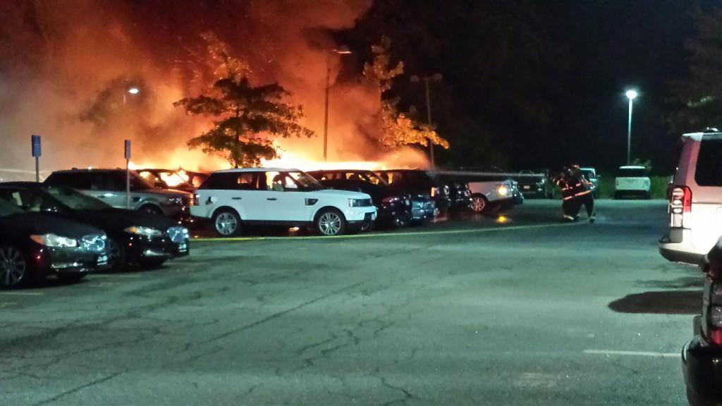 20+ Jaguar Land Rover Cars Destroyed in Showroom Fire