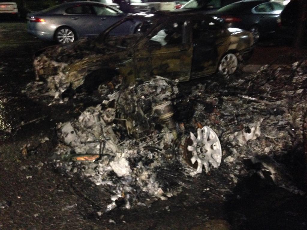 jaguar land rover cars destroyed  showroom fire