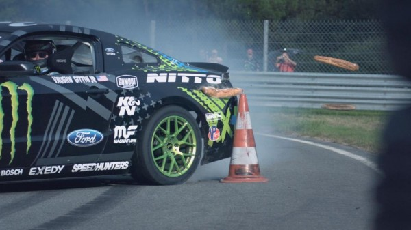 Vaughn Gittin Jr 2 600x337 at Vaughn Gittin Jr. Drifts His Mustang Across France