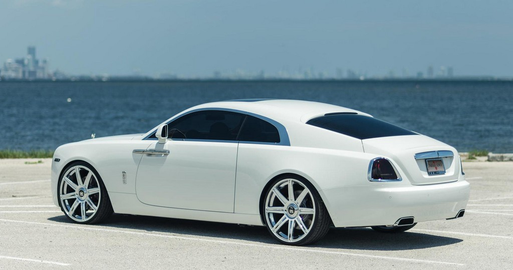 White Rolls Royce Wraith Looks Stunning On Vellano 24s