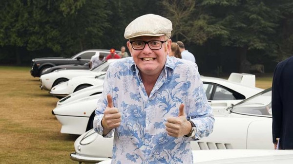 evans 600x337 at Chris Evans   Not Replacing Clarkson on Top Gear   Buys a Daytona Spyder