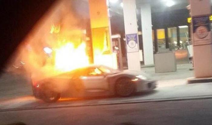 Porsche 918 Catches Fire At Toronto Gas Station