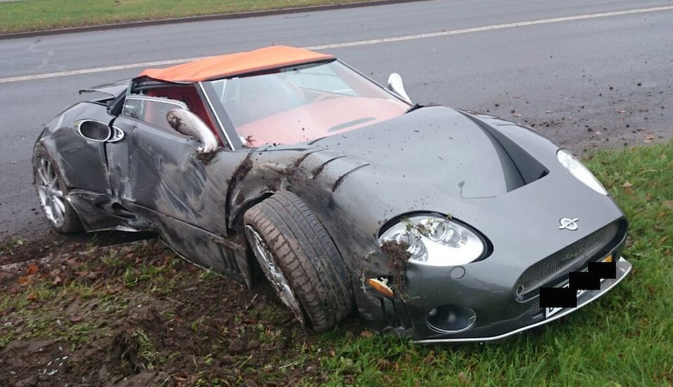 Spyker C8 Totaled 0 at Sad: Rare Spyker C8 Totaled in Latvia