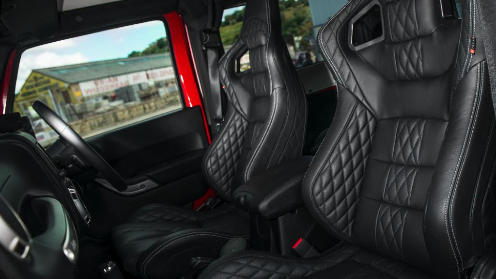 Kahn Design Jeep Wrangler Sahara Cj400