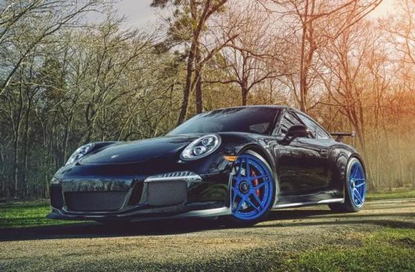 Blue Wheeled Porsche 991 GT3 0 600x394 at Blue Wheeled Porsche 991 GT3 by EVS Motors