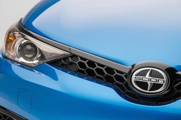 2015 NYIAS Scion iM Teaser 001 600x400 at NYIAS Preview: Scion iM Hatchback and Scion iA Sedan