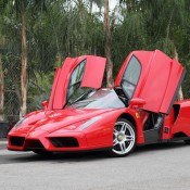 ferrari enzo model 4 175x175 at Weekend Eye Candy: Red Enzo and a Blondie
