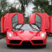 ferrari enzo model 8 175x175 at Weekend Eye Candy: Red Enzo and a Blondie