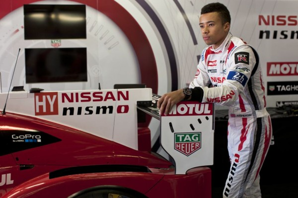 TAG Heuer Carrera Nismo 2 600x399 at Nissan GT R LM Nismo Gets Exclusive TAG Heuer Watch