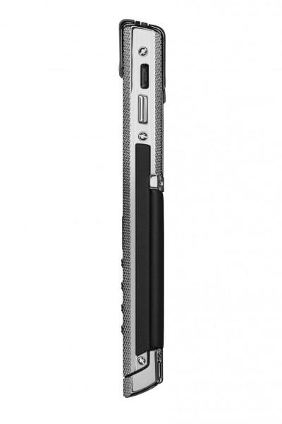 Vertu Signature for Bentley 3 400x600 at Vertu Releases New Bentley Mobile Phone
