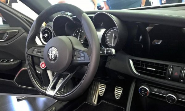 Alfa Romeo Giulia Interior full 0 600x361 at Alfa Romeo Giulia Interior Revealed in Full