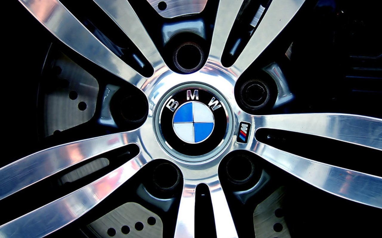 bmw rim at Top 10 BMWs   Infographic