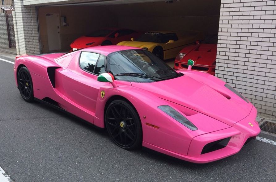japanese collector  pink ferrari enzo