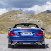 2017 Mercedes SL Official 3 175x175 at 2017 Mercedes SL Goes Official