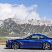 2017 Mercedes SL Official 6 175x175 at 2017 Mercedes SL Goes Official