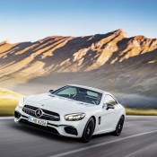 2017 Mercedes SL Official 9 175x175 at 2017 Mercedes SL Goes Official