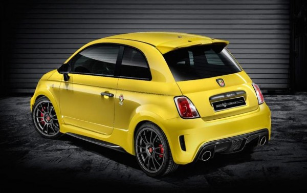 Abarth 695 Biposto Record 2 600x377 at Official: Abarth 695 Biposto Record Limited