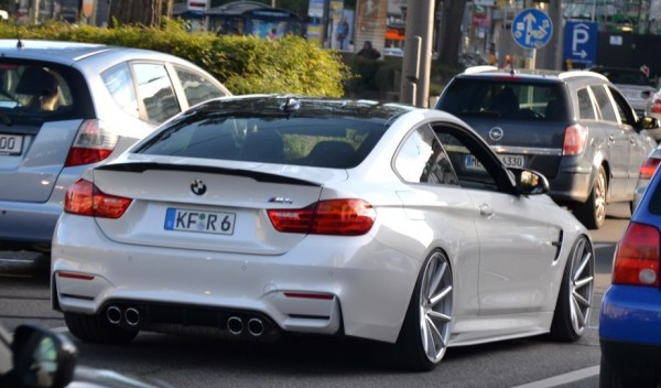 BMW M4 Wide Body Spot 0 600x352 at BMW M4 Wide Body Spotted in the Wild