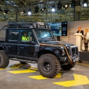 Last Defender 12 175x175 at Last of the Current Land Rover Defender Rolls Off the Line