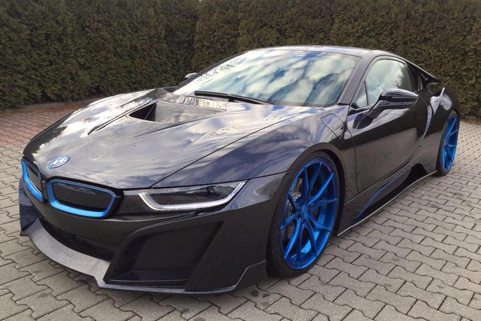 German Special Customs BMW I8 0 600x400 At Is Finally Ready