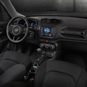 Jeep Renegade Dawn of Justice 5 175x175 at Official: Jeep Renegade Dawn of Justice Edition