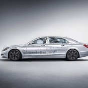 Maybach S600 Guard 1 175x175 at Official: Mercedes Maybach S600 Guard