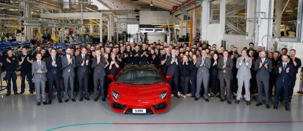 5000 Aventador 2 600x260 at 5,000th Lamborghini Aventador Produced