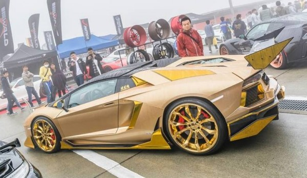 Maddest Lamborghini Aventador 0 600x347 at Is This the Maddest Lamborghini Aventador in the World?