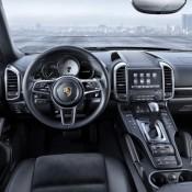 Porsche Cayenne Platinum 2 175x175 at Official: Porsche Cayenne Platinum Edition