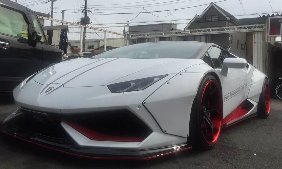 This Is The Maddest Liberty Walk Lamborghini Huracan Yet