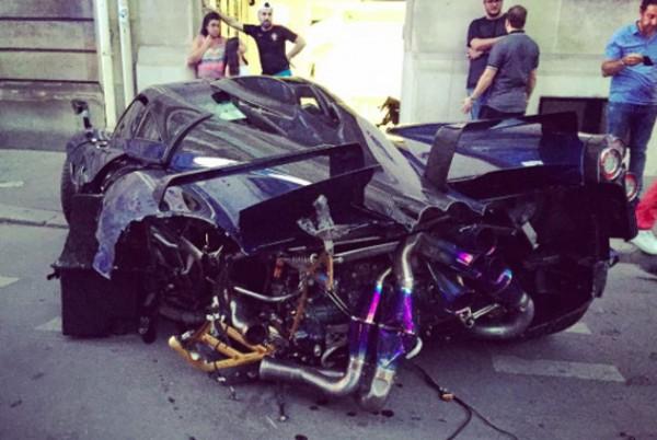Pagani Huayra Pearl Crash 1 600x402 at One Off Pagani Huayra Pearl Crashed in Paris