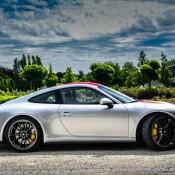 Silver Porsche 911 R 5 175x175 at Silver Porsche 911 R Is Just Eye Popping!