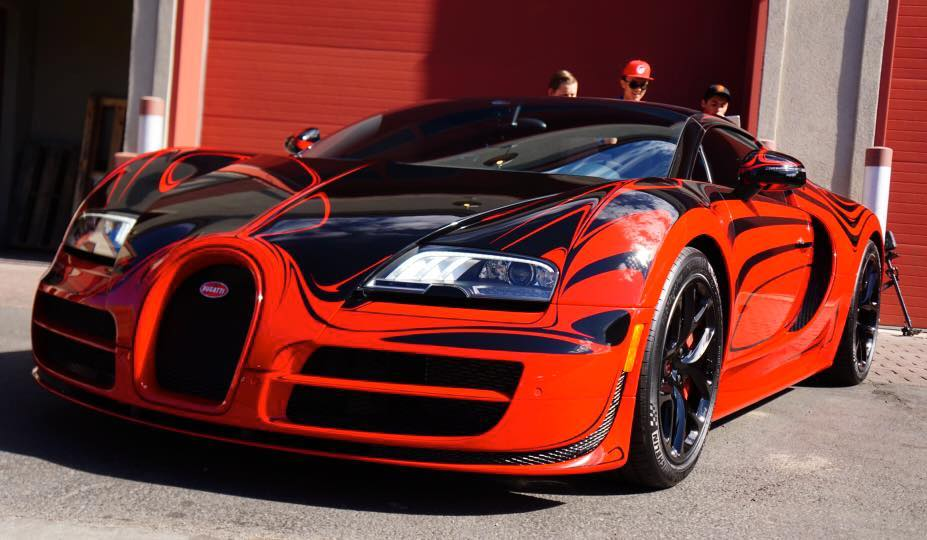 This Is What Bugatti Veyron Vitesse Looks Like At 230mph