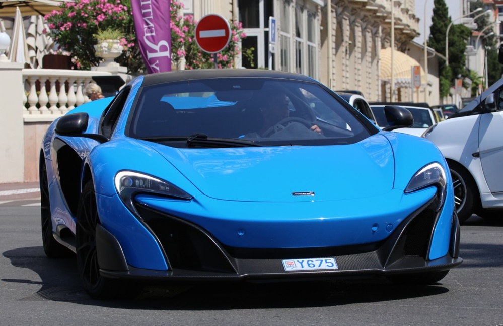 Red Bull F1 Driver Spotted Driving a McLaren 675LT