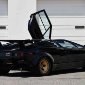 Lamborghini Countach auction 3 175x175 at Up for Grabs: Lamborghini Countach with 10K Miles