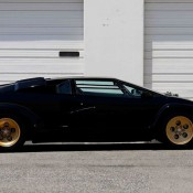 Lamborghini Countach auction 7 175x175 at Up for Grabs: Lamborghini Countach with 10K Miles