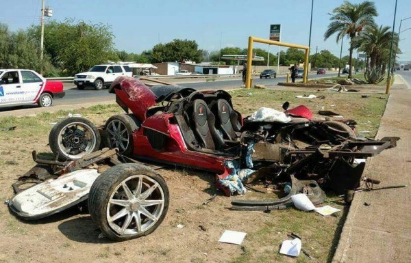 Koenigsegg CCX Demolished 0 600x385 at Custom Koenigsegg CCX Demolished in Mexican Crash