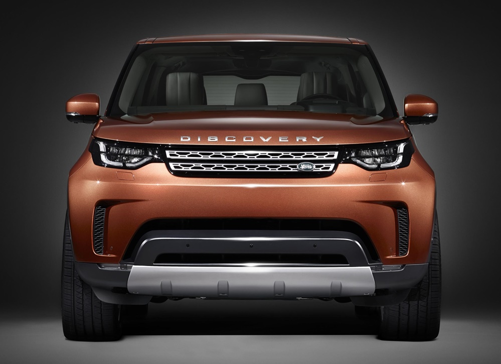 New Land Rover Discovery 1 at New Land Rover Discovery Teased for Paris Motor Show
