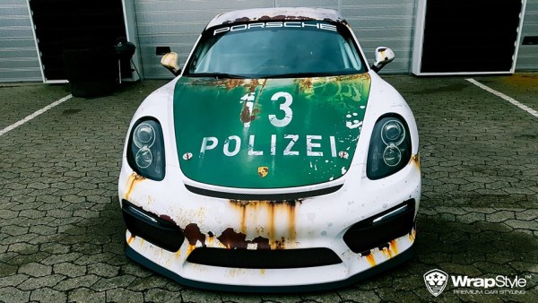 cayman rusty polizei 3 600x338 at Porsche Cayman in Rusty Polizei Wrap
