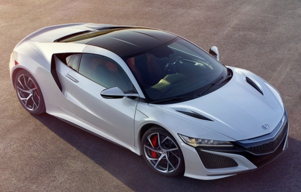 honda nsx test comparison 600x384 at Honda NSX Takes on McLaren 570S and Nissan GT R