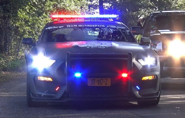 Shelby GT350R Police Interceptor 600x384 at Fanmade Shelby GT350R Police Interceptor Isn't Half Bad
