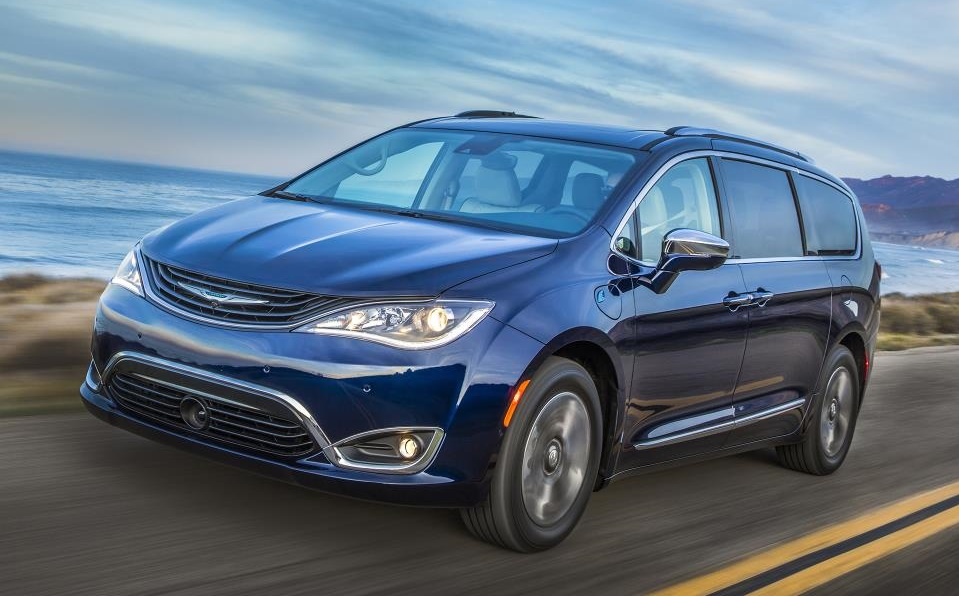 2017 Chrysler Pacifica Hybrid 1 at 2017 Chrysler Pacifica Hybrid Rated at 84 MPGe