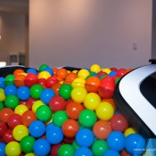 SR Auto porsche 918 balls 4 175x175 at Porsche 918 Filled with Balls for a Noble Cause