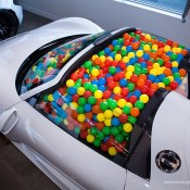SR Auto porsche 918 balls 5 175x175 at Porsche 918 Filled with Balls for a Noble Cause