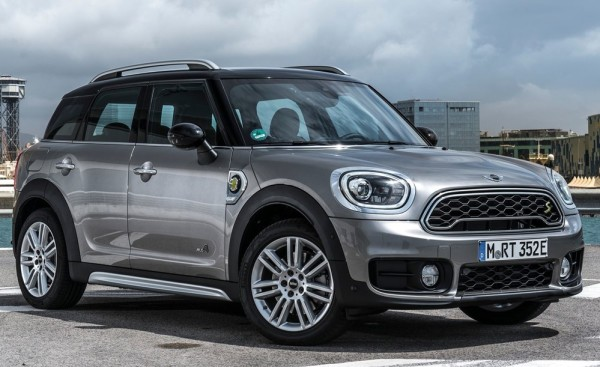 Mini Countryman Plug in Hybrid 1 600x367 at Official: MINI Cooper S E Countryman ALL4