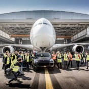 cayenne a380 tow 1 175x175 at Porsche Cayenne Tows Airbus A380 for Guinness Record