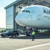 cayenne a380 tow 2 175x175 at Porsche Cayenne Tows Airbus A380 for Guinness Record